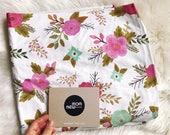 FLORAL crib sheet, baby girl crib sheet, baby girl nursery, blooms, pink flowers baby bedding, nursery bedding, baby shower gift, baby sheet
