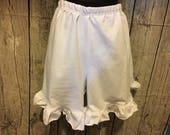 Womens Ruffle Shorts - El...