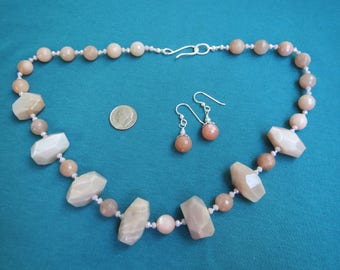 Chunky Sunstone & Crystal Necklace with Earrings