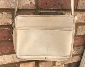 Vinatge COACH Crossbody Bag