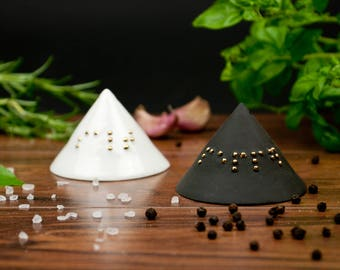 Ceramic Salt and Pepper Shakers with Braille, Black and White Salt and Pepper Pots, Modern Salt and Pepper Shakers