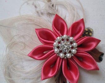 Coral & Ivory Wedding Fascinator, Coral and Champagne Peacock Head Piece, Burlap and Lace, Country, Rustic Feather Hair Piece, Birdcage Veil