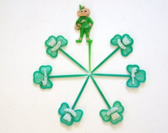 St. Patrick's Day, Shamrock Cake Toppers, Vintage Cupcake Picks, Green Cake Decorations