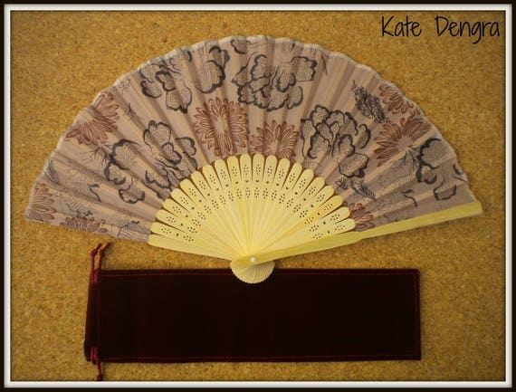 Brown Floral Lightweight Bamboo Hand Fan Budget Price Folding Fan from Spain