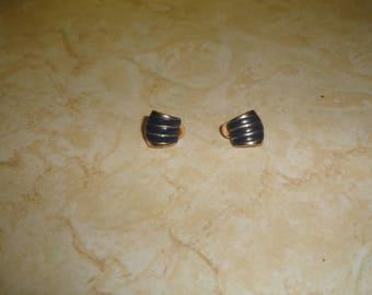 vintage clip on earrings goldtone blue enamel small