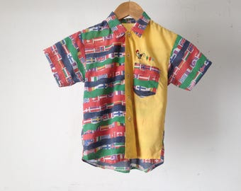 Kid's size 6 INTERNATIONAL flags 90s IKAT abstract bright kids boy CHILDRENS button up down shirt