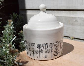 SALE Porcelain lidded pot with FLANTS decoration