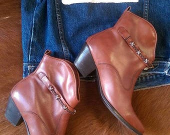 ON SALE Vintage Western Cowboy Ankle Shorty Boots Brown Leather