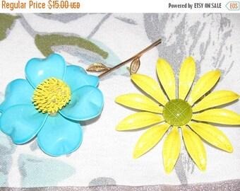 Vintage 1960's Metal Enamel Flower Brooch ~  Sky Blue and Yellow