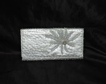 Vintage Faris Freres Silver Gold Beaded Flower Clutch Purse Mod Wallet