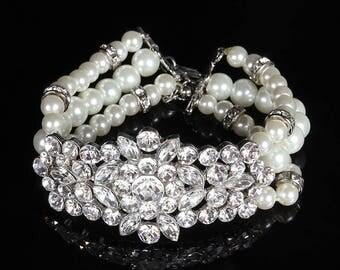 Wedding bracelet, Bridal bracelet, bridal jewelry, Pearl bracelet, bridesmaid bracelet, ballroom bracelet, crystal bracelet