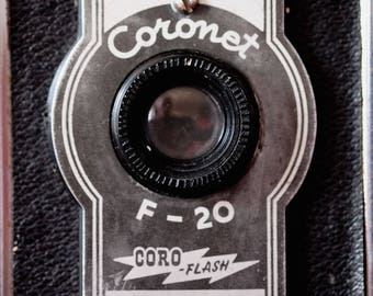 Fun with Film, Box Coronet F-20 fully working 'Fun with Film' 120 roll film camera made by Coronet of England c 1950