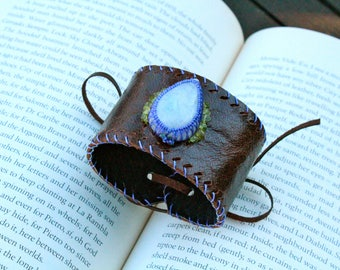 Leather Cuff - Rainbow Moonstone Stone - Stone of Compassion and Inner Confidence - OSFM