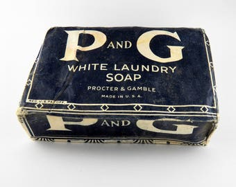 Vintage Soap Bar - P & G Procter Gamble White Laundry Soap 1917 Unopened - Vintage Home Decor - Laundry Bathroom Display Item  - WWI Product