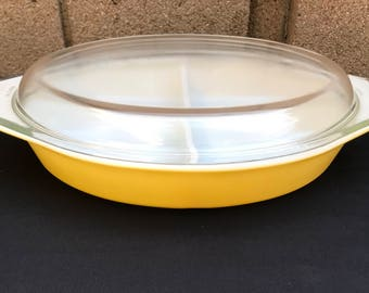 Pyrex Town & Country Yellow Divided Dish