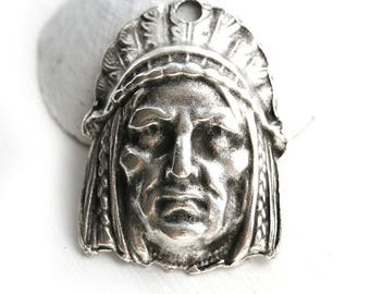 Native american indian chief Head Pendant bead, Antique Silver patina, metal large focal, 1pc - F040