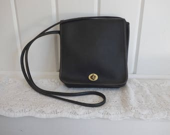 Vintage  1980s Classic Shoulder Leather Coach Black Dark Gray Crossbody  Flap Bag Satchel Turnlock Clasp Bag Made in NYC
