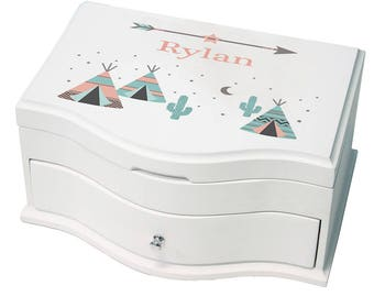 Personalized Deluxe Musical Jewelry Box with Coral TeePee Design-jewef-242b