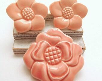 Vintage Japan Pink Ceramic Porcelain Dogwood Flower Brooch Earrings Set X1