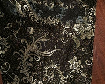 The perfect turkish vest-black and gold embroidered floral