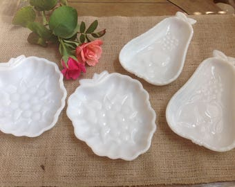Set of 4 Vintage Milk Glass Berry Bowls Fruit Themed Dishes Two Pear Dishes Two Grape Dishes
