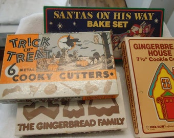 Vintage cookie cutters lot,orig. boxes,see pics