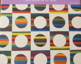 "MSQC -Summer Wishes - Quilt Pattern -1 1/2 "" Strip Friendly - by Missouri Star Quilt Company, MSQC170"