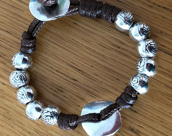Leather bracelet with silver beads / silver and leather beads