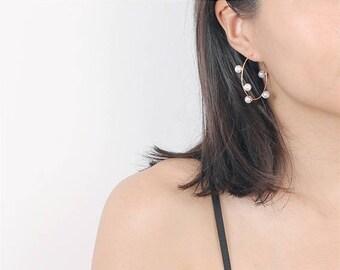 ON SALE Gold hoop pearl earrings - Geo circle - large open circle earrings