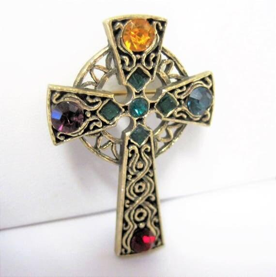 Celtic Cross  Brooch - Rhinestone Settings - Gold Tone Metal