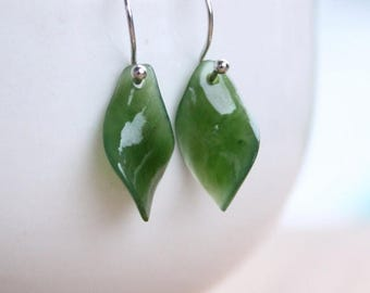 ON SALE Silver Twisted Leaf Jade Gemstone Earrings - 925 Sterling Silver - Dangle Earrings