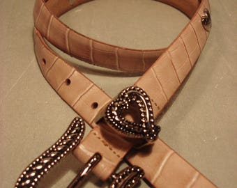 Vintage 1990s Beige Leather Cowgirl Chic Hearts in Concho Belt