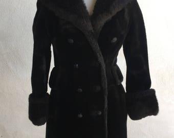 Vintage heavy Coat BLACK faux fur Susan Lynn double breast high collar cuffs trim Size 6