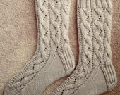 Hand Knit Womens SMALL - MEDIUM Cashmere-Wool Blend Socks (S-241)