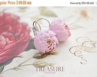 SALE Lavender earrings, lavender flower earrings, purple peony, peony earrings, lavender wedding, purple bridesmaid earrings, bridal earring