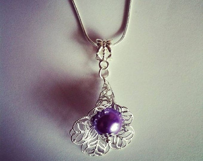 Purple glass bead flower pendant chain