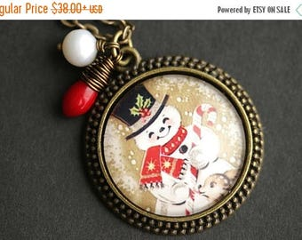VALENTINE SALE Happy Snowman Necklace. Christmas Pendant. Holiday Necklace with Red Coral Teardrop and Pearl Charm. Christmas Necklace. Bron