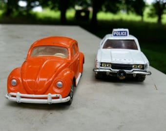 Corgi whiz wheels vw bug & police car