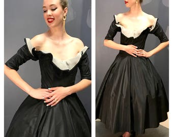 BLACK & WHITE 1950's Vintage 1950s Boned Bodice White Chiffon with Pure SILK Black Party Evening Cocktail Dress w Built-In Crinoline S M