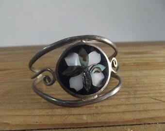 Vintage Sterling Silver / Mother of Pearl / Mexican / Cuff Bracelet / Floral / Flower Motif / Bohemian / Boho / Bracelet