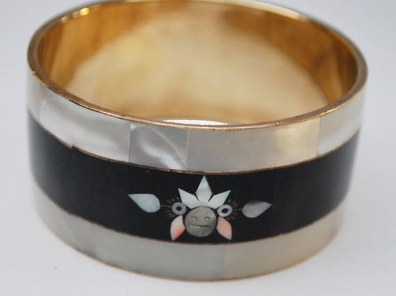 Mother of Pearl Onyx Inlay Bangle  - White shell inlay - Black shell- Tribal face Mask design - Wide Boho  Bracelet