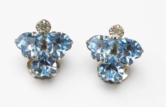 Hattie Carnegie Rhinestone - Blue and clear heart crystal  - small Clip on earrings - Mid century