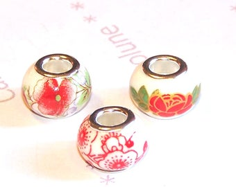 3 14 mm red and white flower pattern ceramic European beads