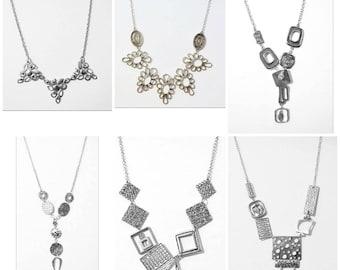 Choix de colliers breloque ajustable/ choice of necklace