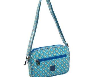 Quilted Cross-body bag. Messenger bag. Multi pocket purse. Shoulder bag heart and flower print