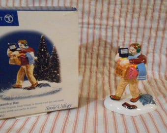 "Dept. 56 Snow Village-""Laundry Day""  Two Figurines   #55017"
