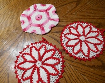 3 vintage Crocheted hot pads or pot holders