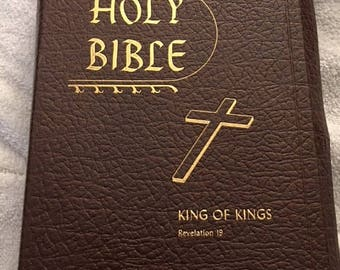Vintage leather bound KJV family Bible...FREE shipping !!!