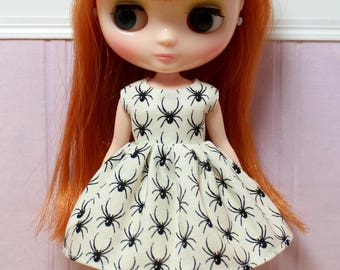 BLYTHE Middie doll Halloween party dress - spiders on the wall