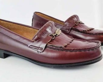 Vintage EASTLAND Women's 9 M Maroon Leather Moccasin Loafers with Kiltie Preppy